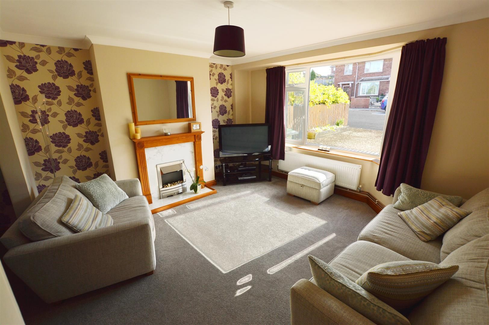 4 bed semi-detached for sale in Hereford 2