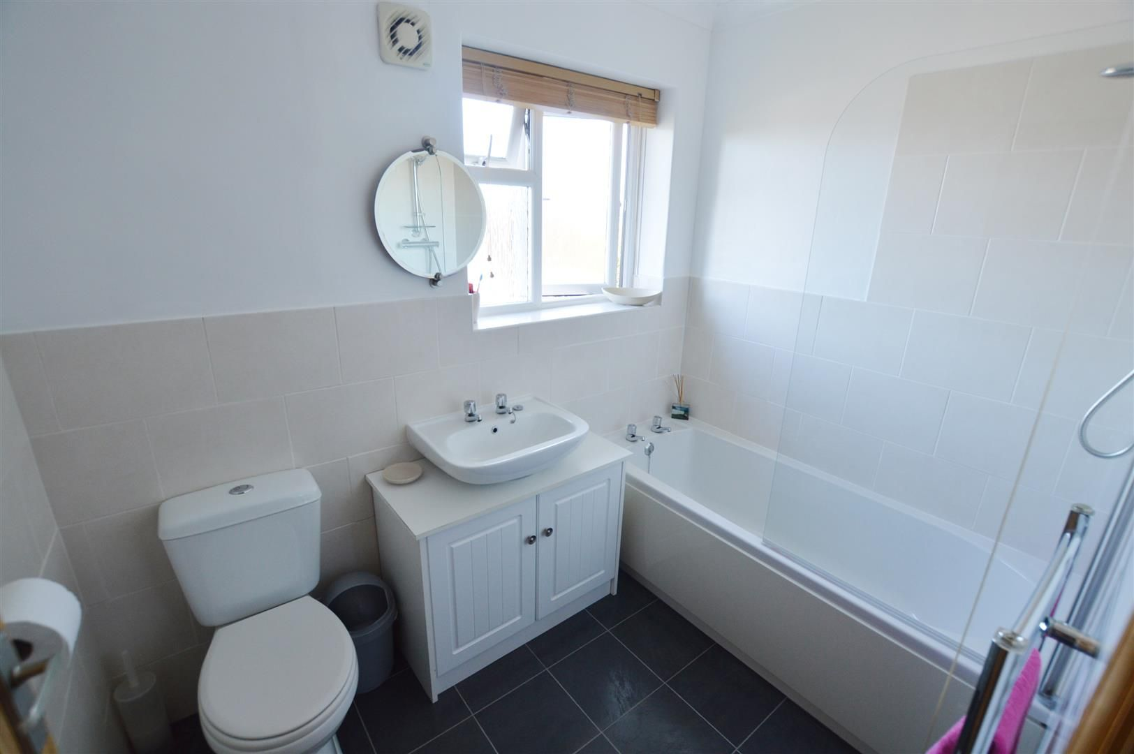 4 bed semi-detached for sale in Hereford 8