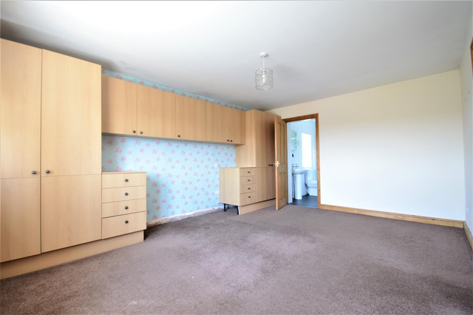 5 bed detached for sale in Sutton St. Nicholas 12