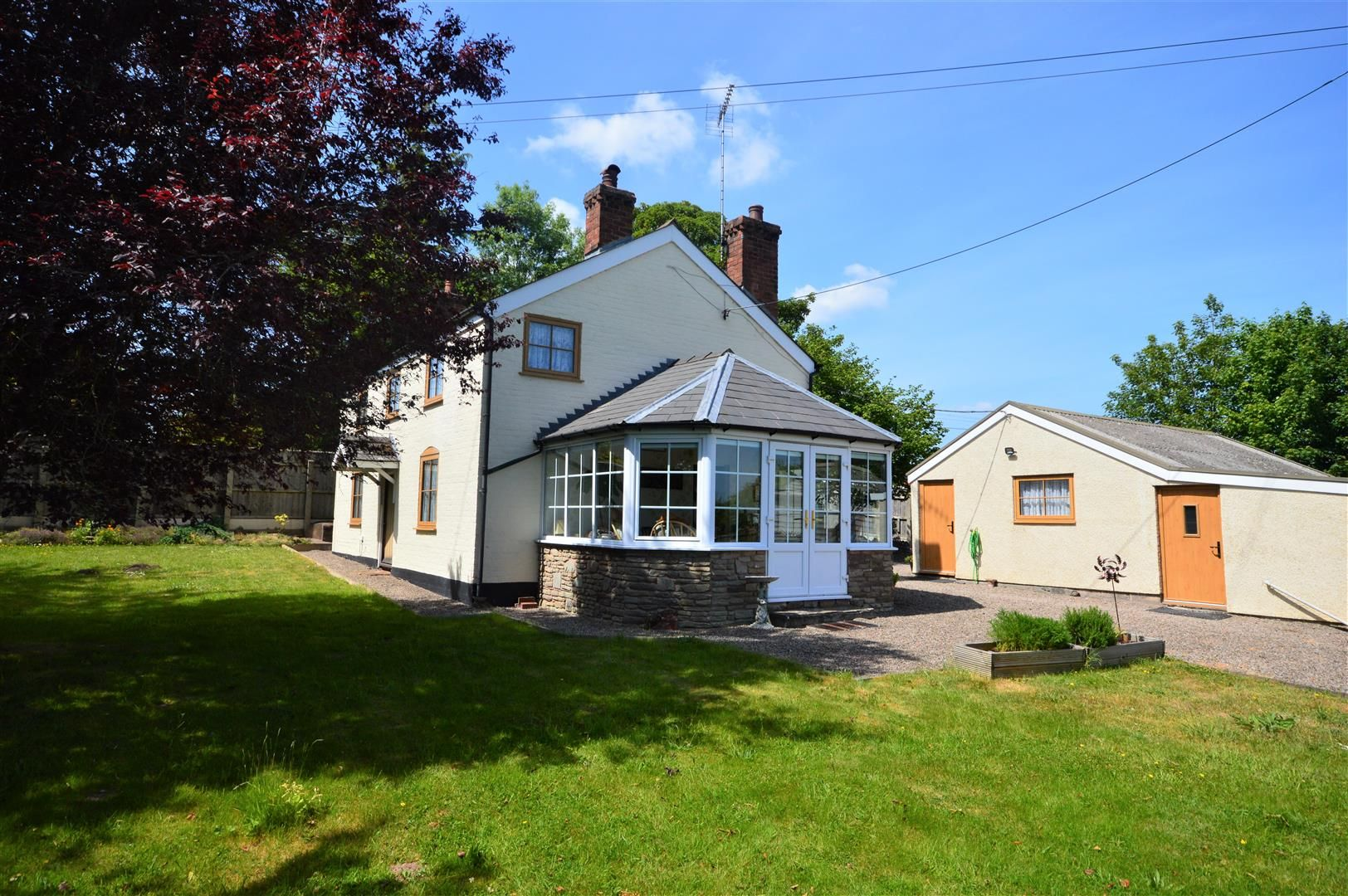 4 bed detached for sale in Dilwyn - Property Image 1