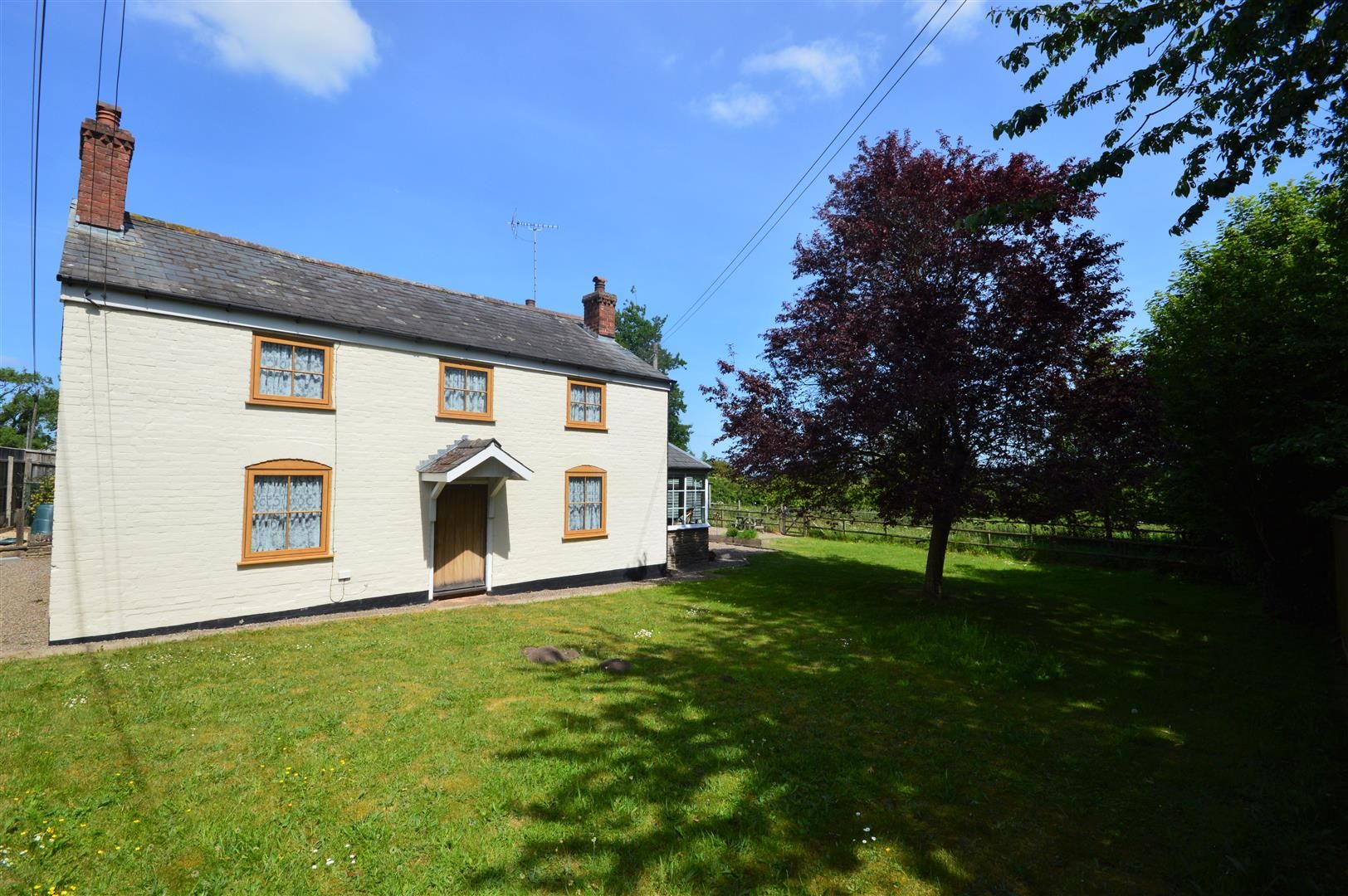 4 bed detached for sale in Dilwyn 19
