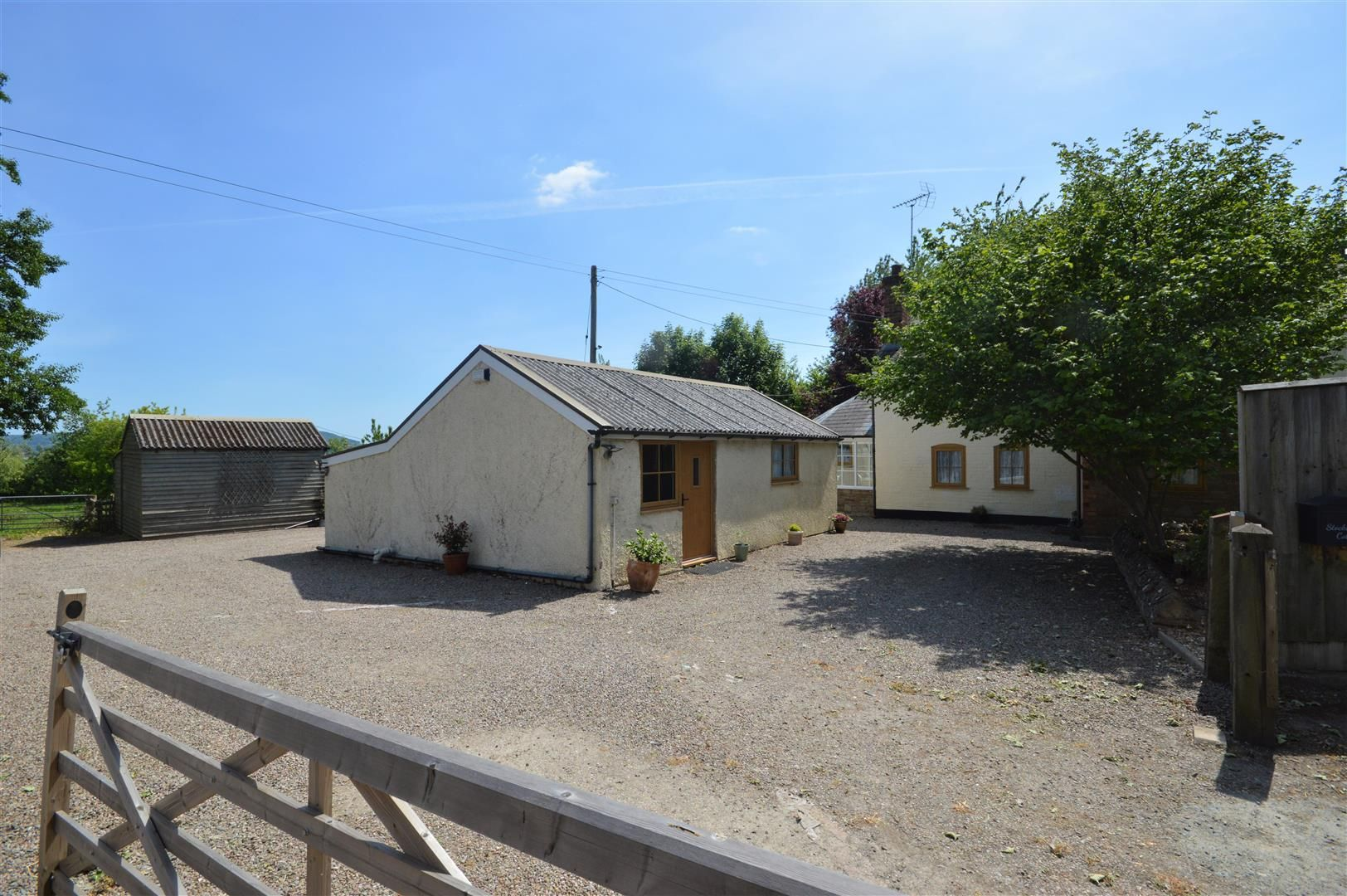 4 bed detached for sale in Dilwyn 20