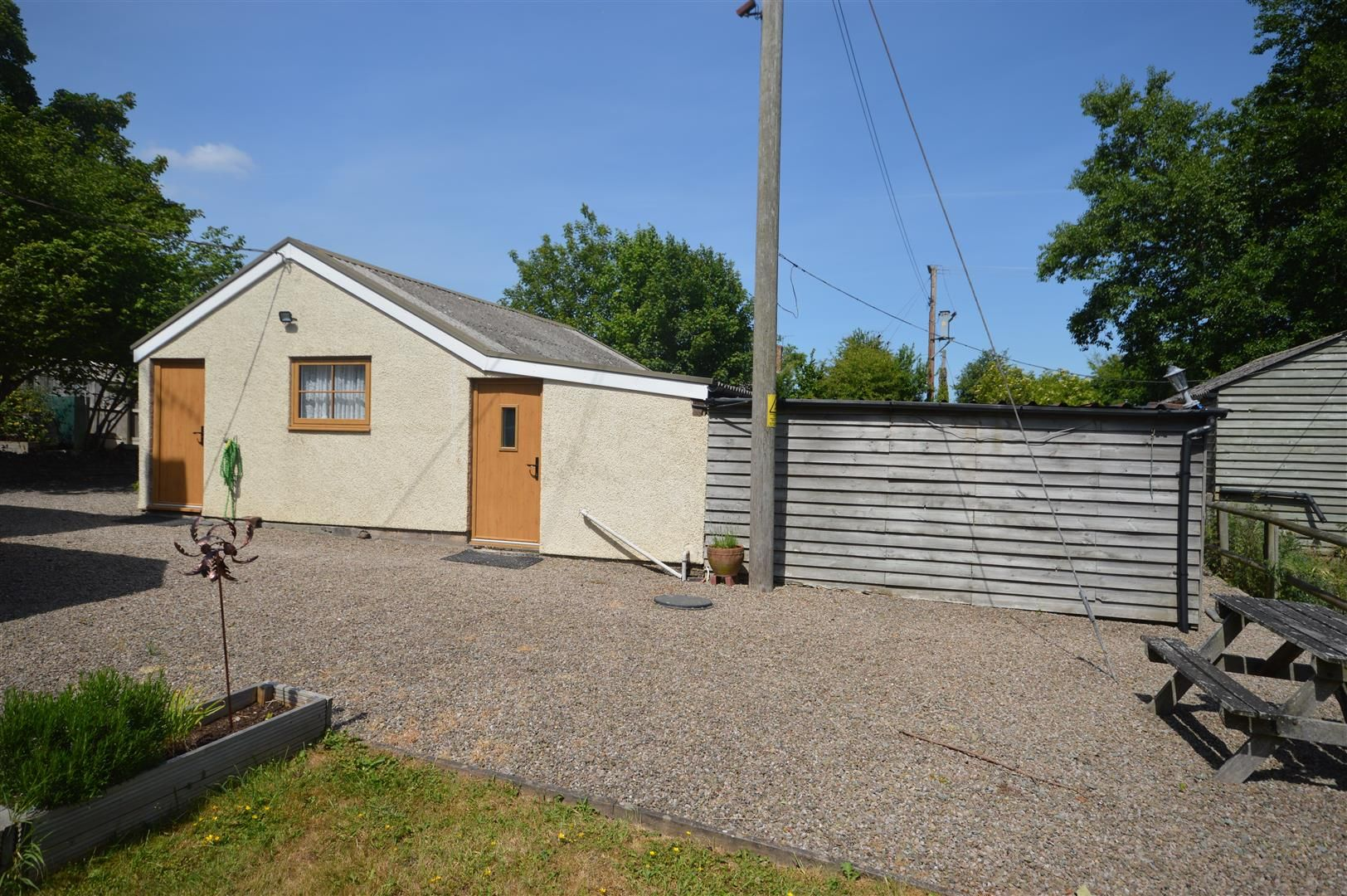 4 bed detached for sale in Dilwyn 23