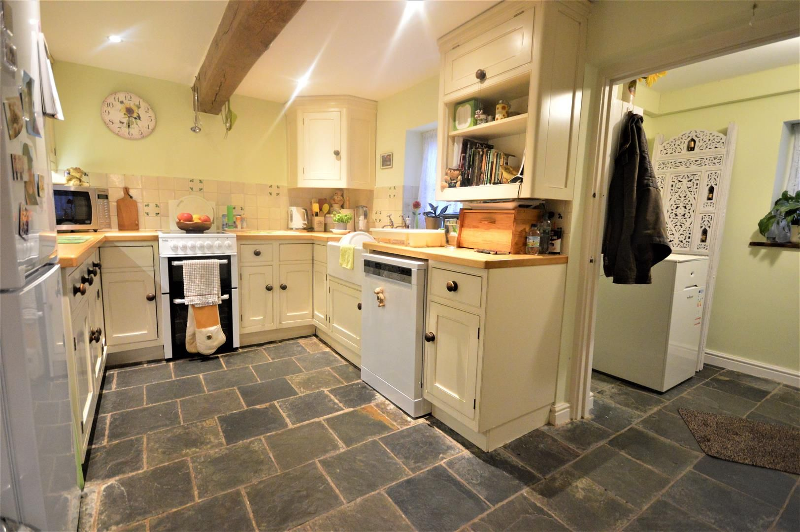 4 bed detached for sale in Dilwyn 4