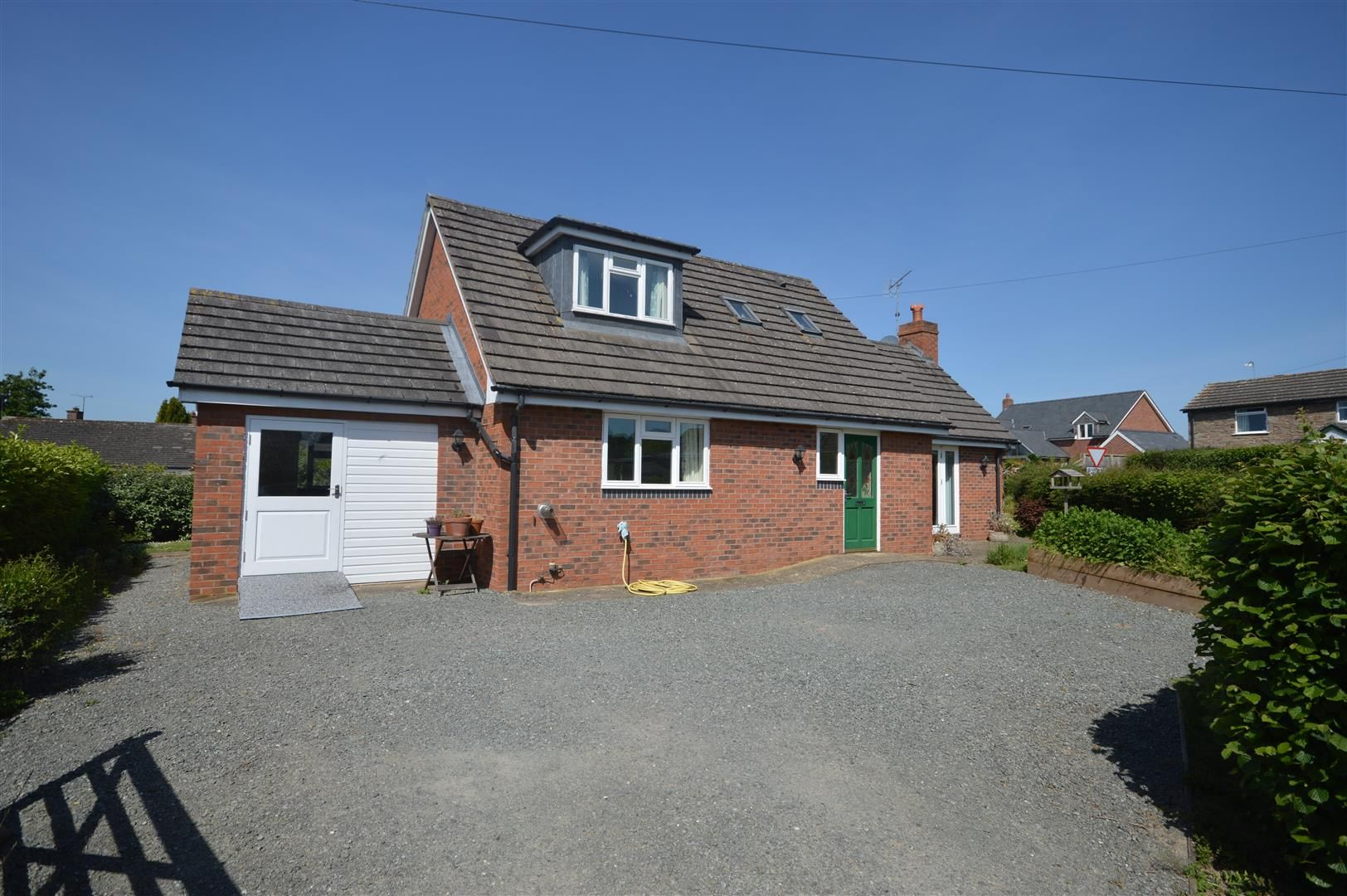 3 bed detached-bungalow for sale in Almeley, HR3