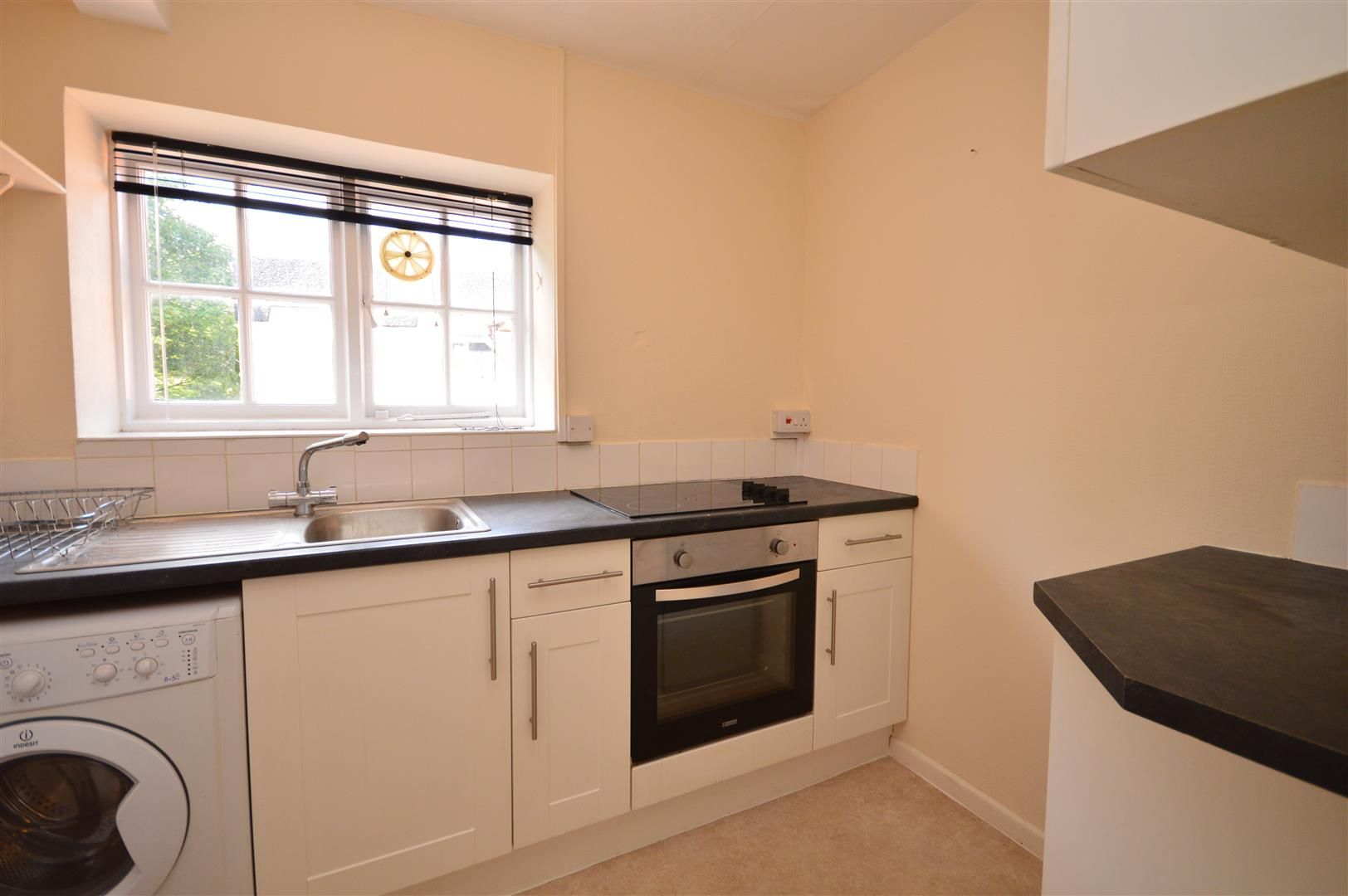 1 bed flat to rent 2