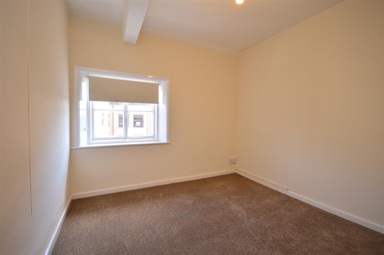 1 bed flat to rent  - Property Image 4