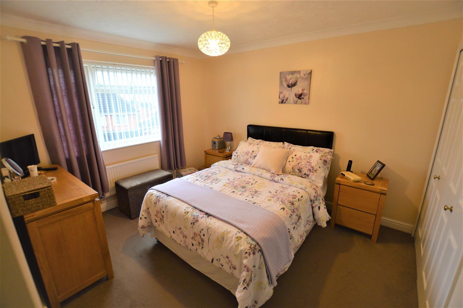 4 bed detached for sale in Bromyard 5