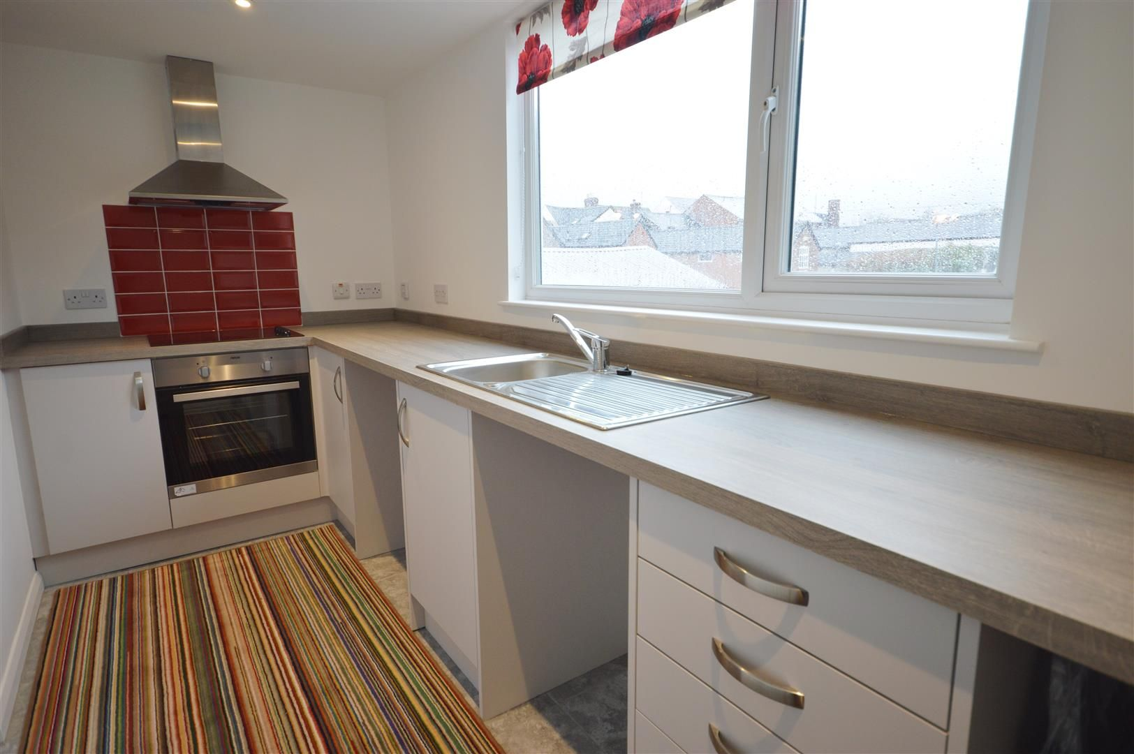 1 bed flat to rent in Leominster 1