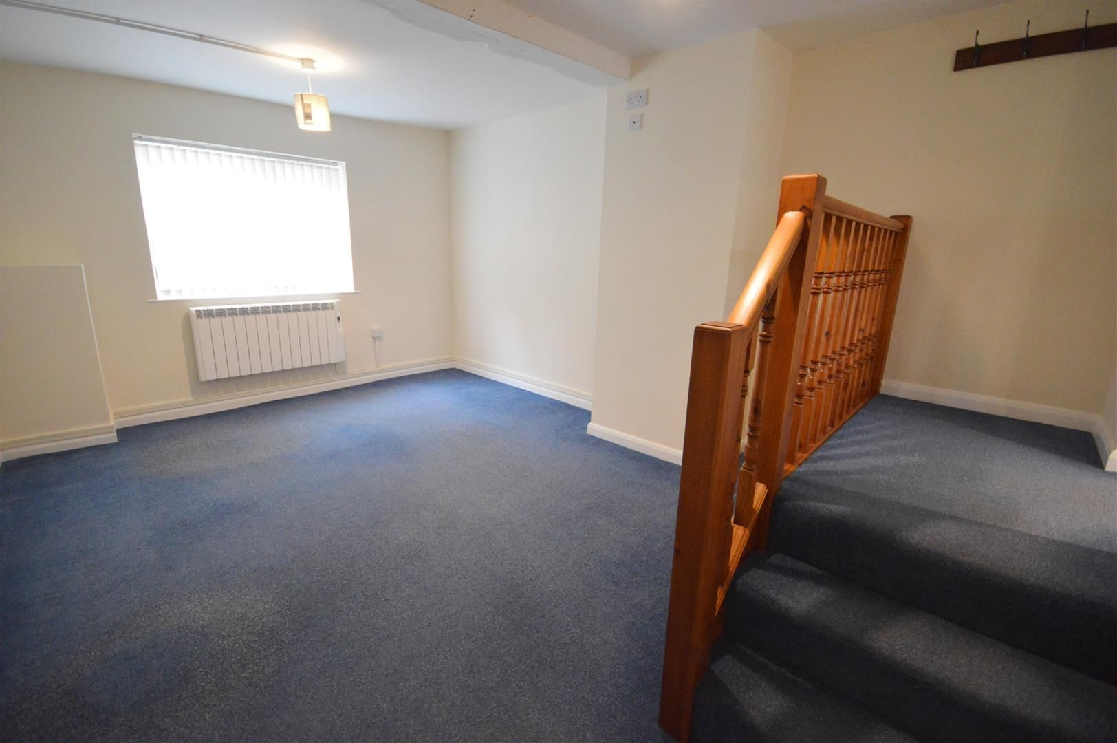 1 bed flat to rent in Leominster 2