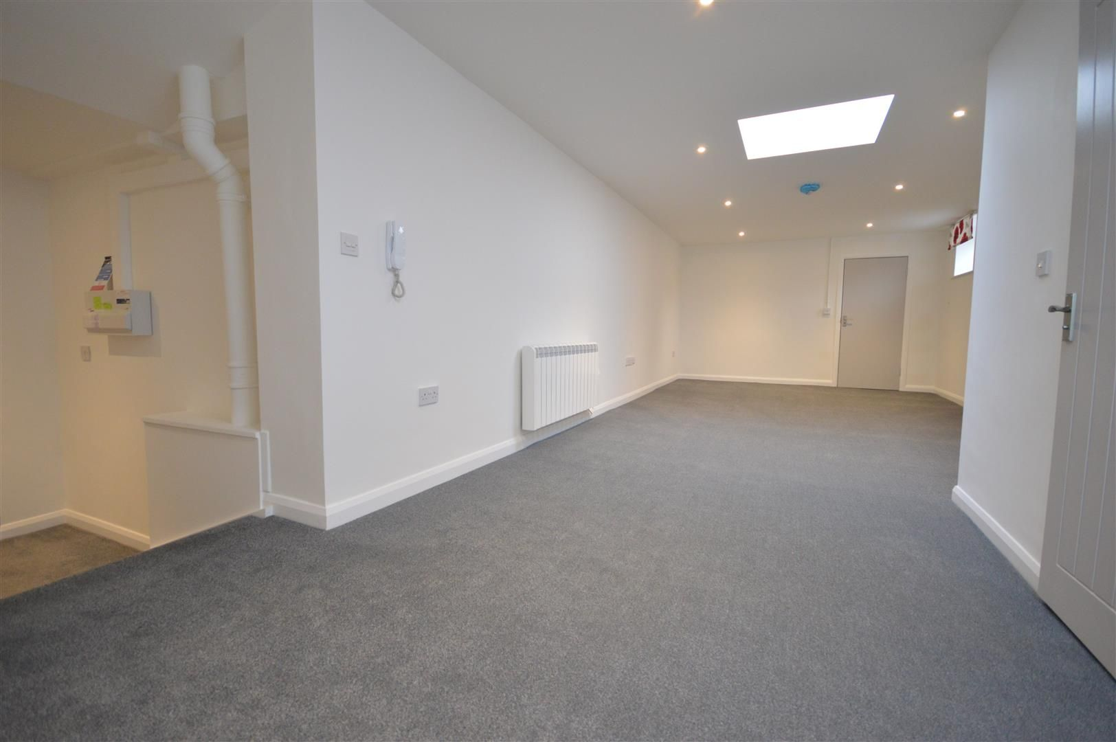 1 bed flat to rent in Leominster 3