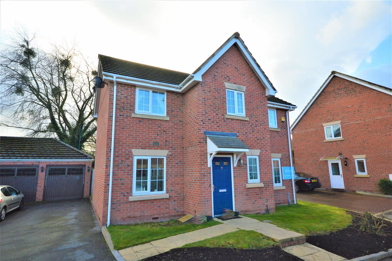 3 bed detached for sale in Hereford 4