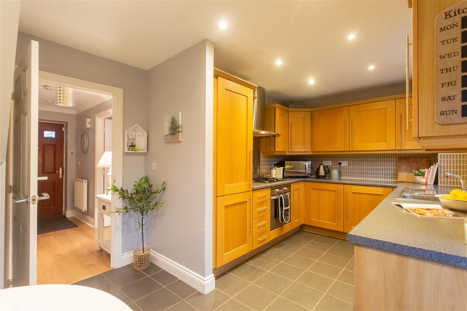 3 bed detached for sale in Hereford 5