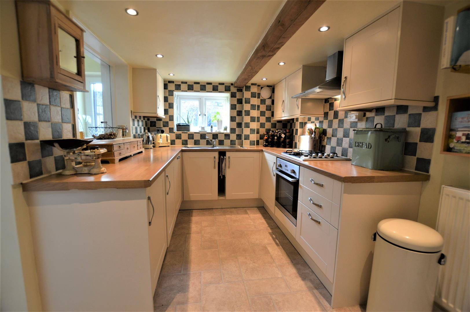 2 bed terraced for sale in Bromyard 5
