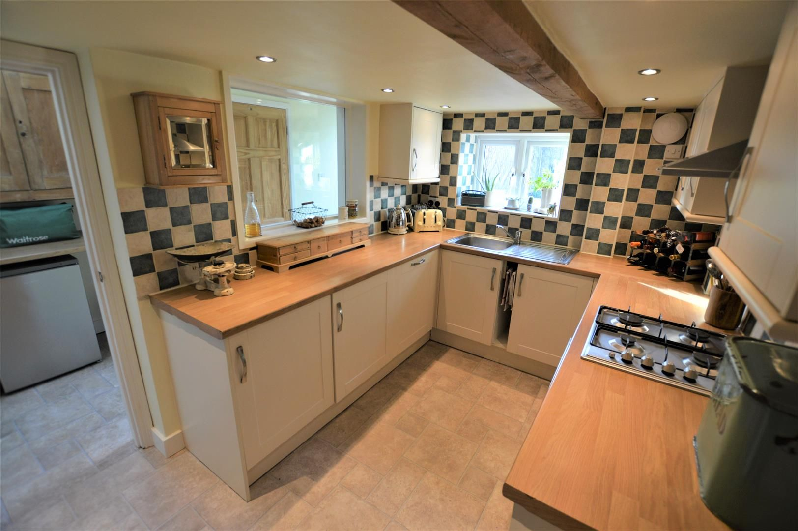 2 bed terraced for sale in Bromyard 6