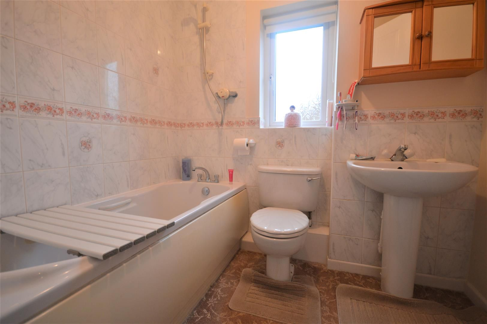 3 bed detached for sale in Leominster 8