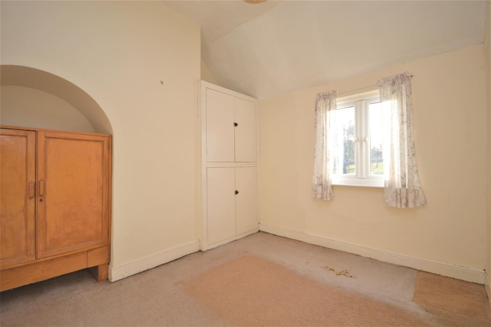 3 bed semi-detached for sale in Burley Gate 10