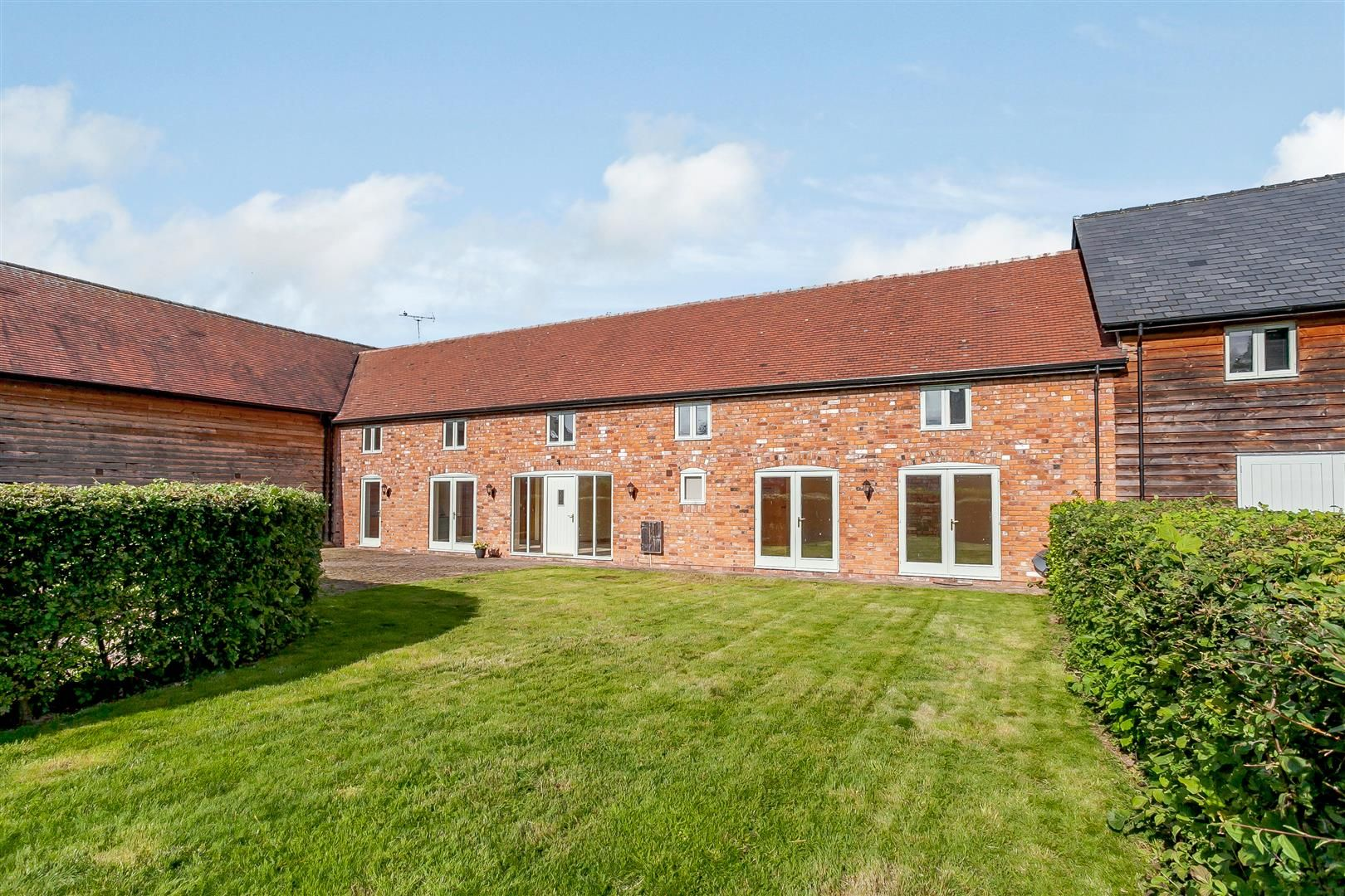 4 bed barn-conversion for sale in Pembridge  - Property Image 1