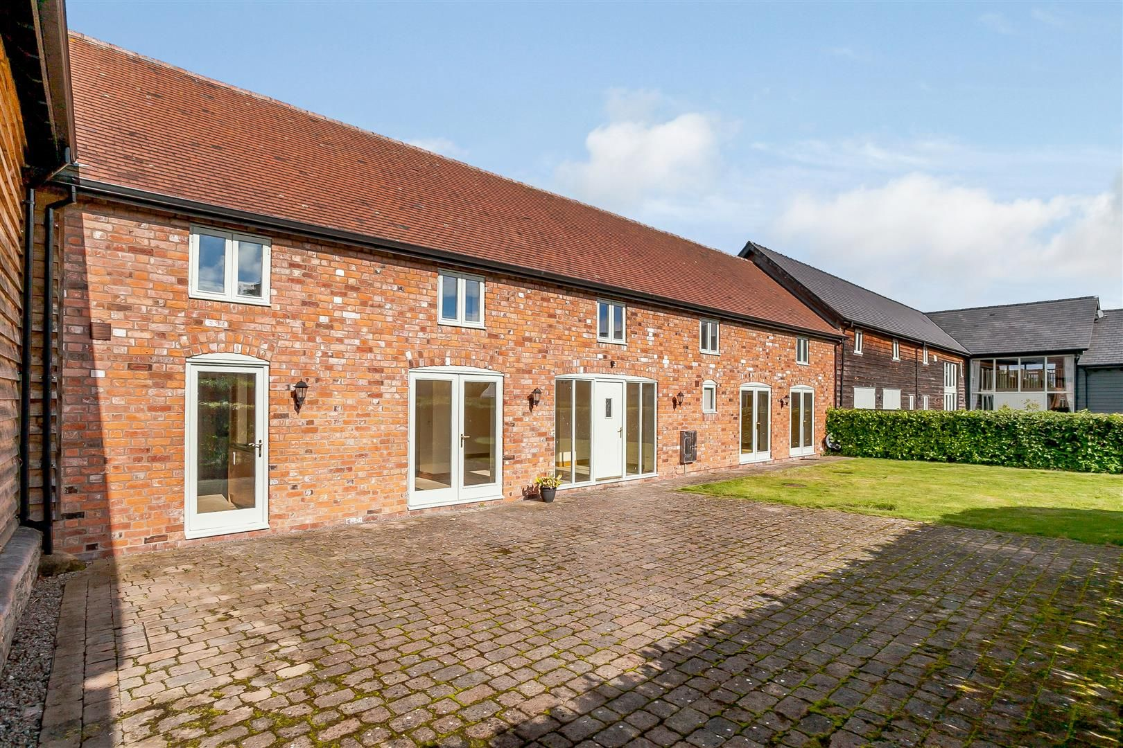 4 bed barn-conversion for sale in Pembridge  - Property Image 16