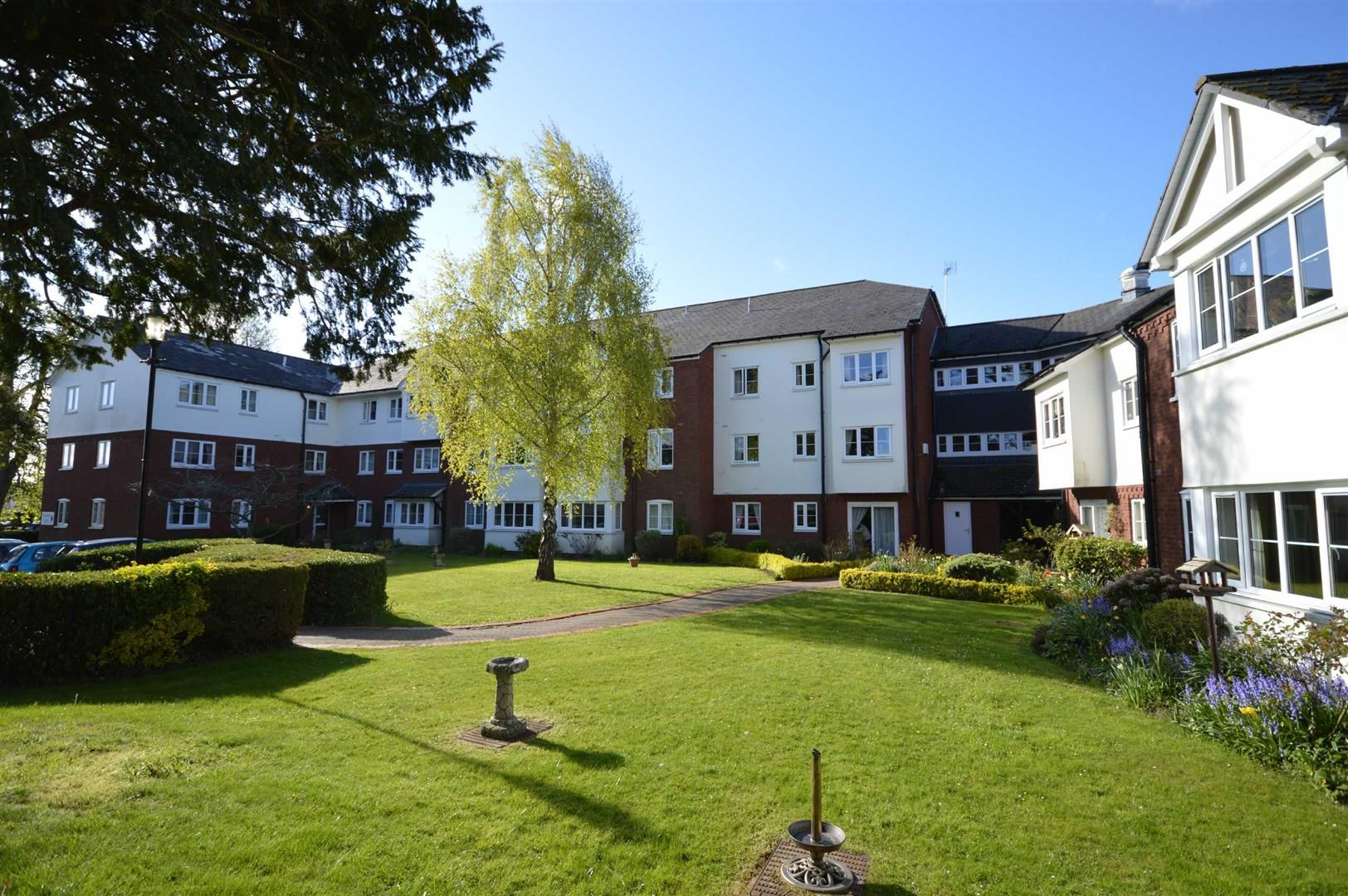 1 bed retirement-property for sale in Leominster  - Property Image 1