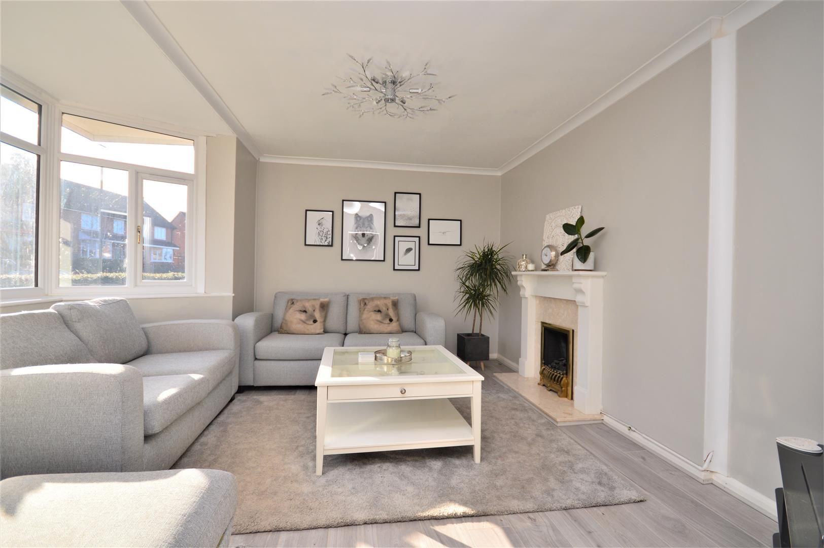 3 bed end-of-terrace for sale in Hereford 3