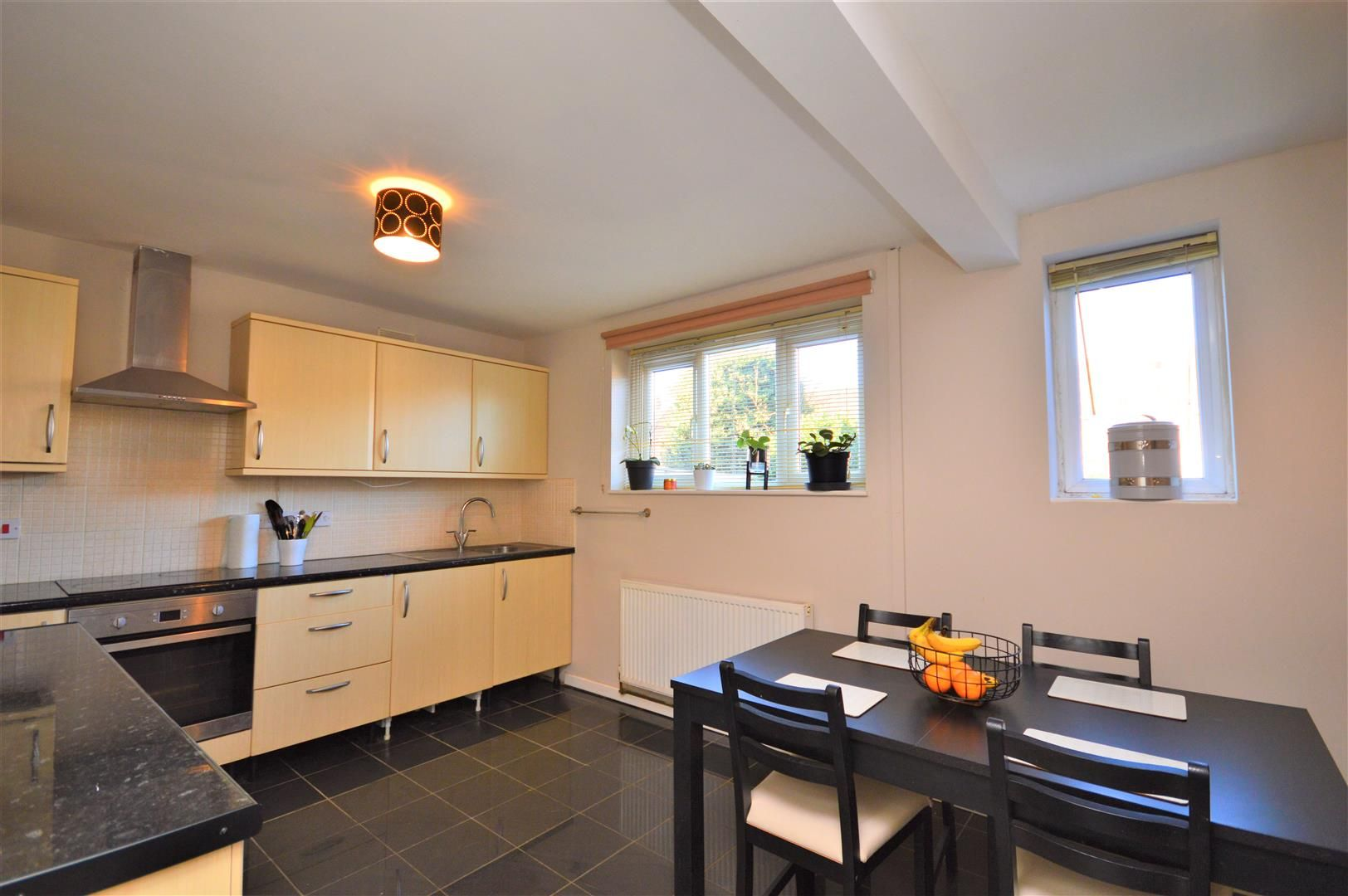 3 bed end-of-terrace for sale in Hereford 7