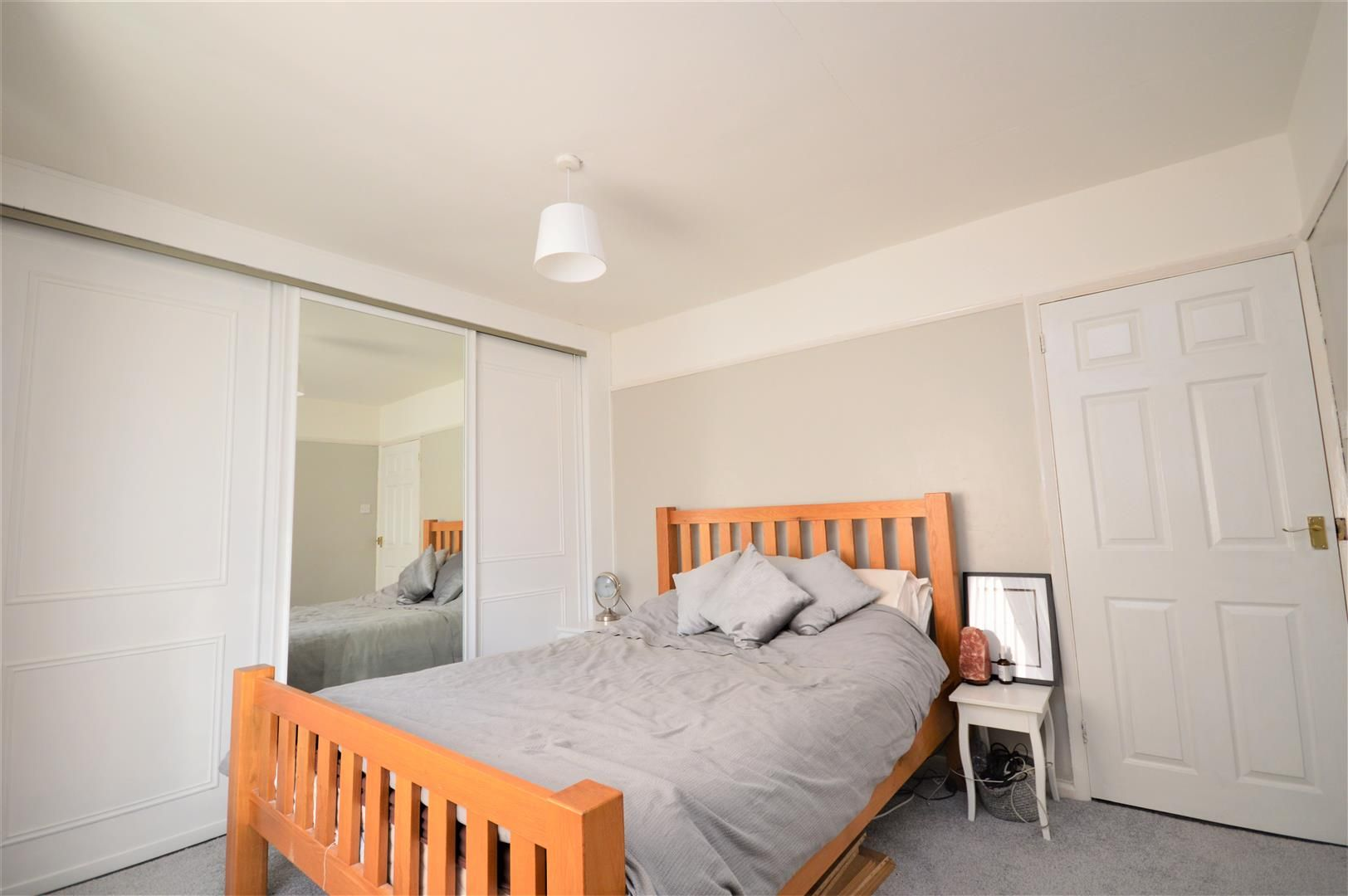 3 bed end-of-terrace for sale in Hereford 10