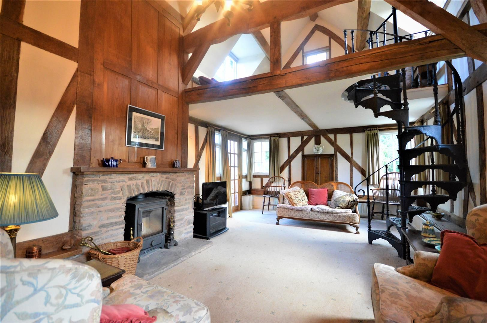 3 bed country house for sale in Kimbolton  - Property Image 1