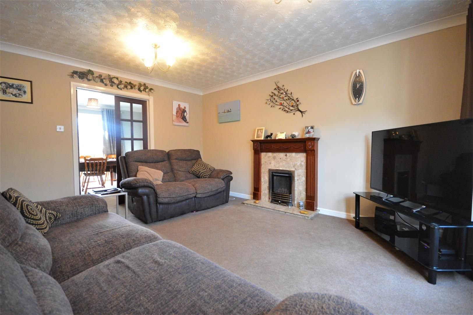 5 bed detached for sale in Leominster  - Property Image 2