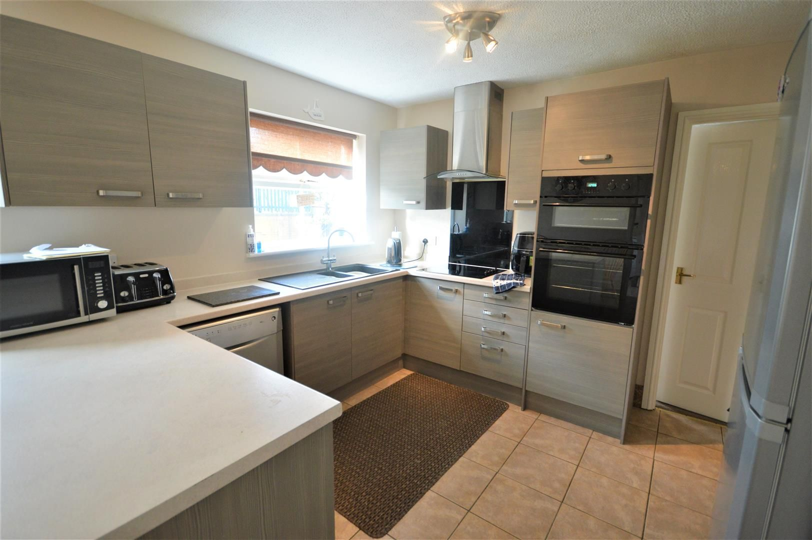 5 bed detached for sale in Leominster  - Property Image 4