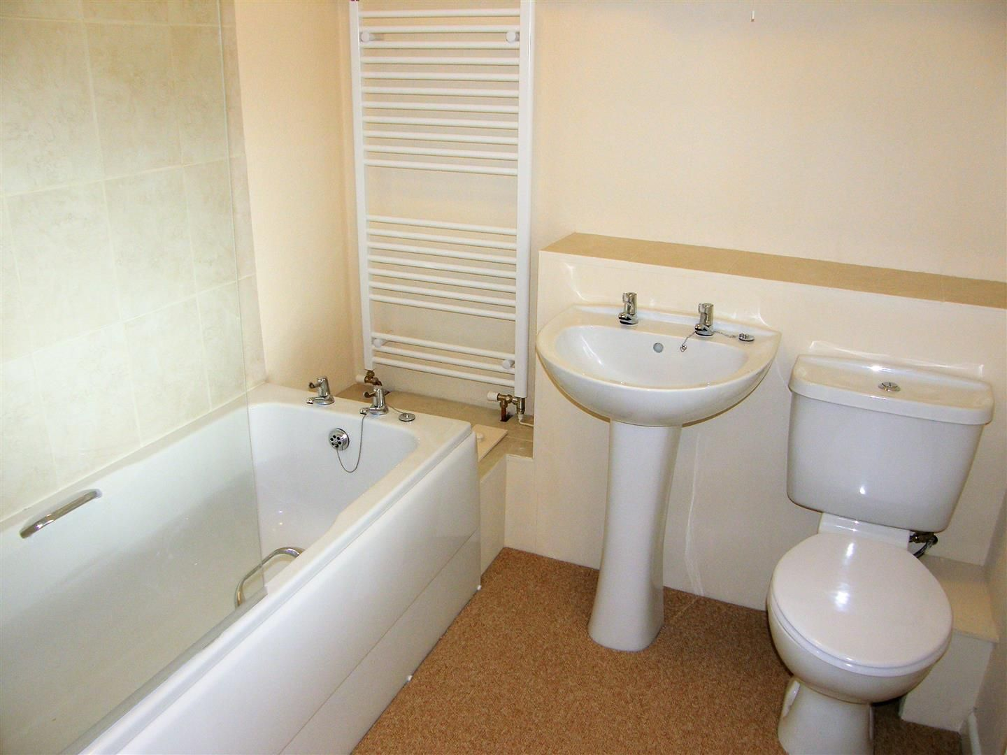 2 bed terraced to rent in Weobley 5