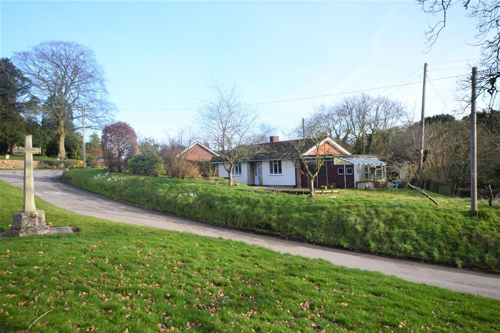 2 bed detached-bungalow for sale in Bromyard, HR7