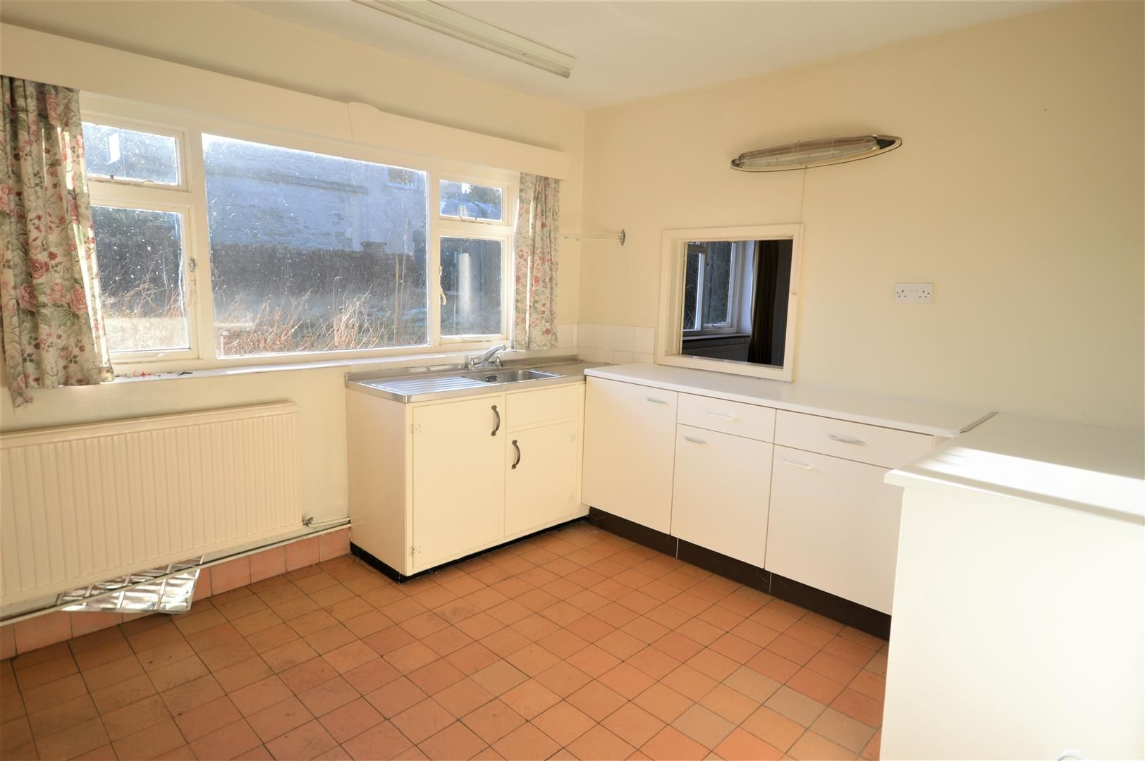 3 bed detached-bungalow for sale in Wigmore  - Property Image 3