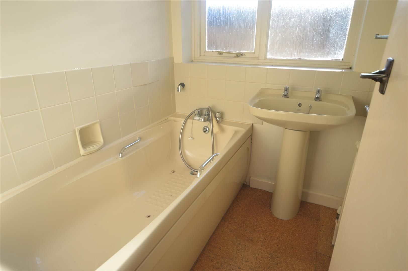 3 bed detached-bungalow for sale in Wigmore 7