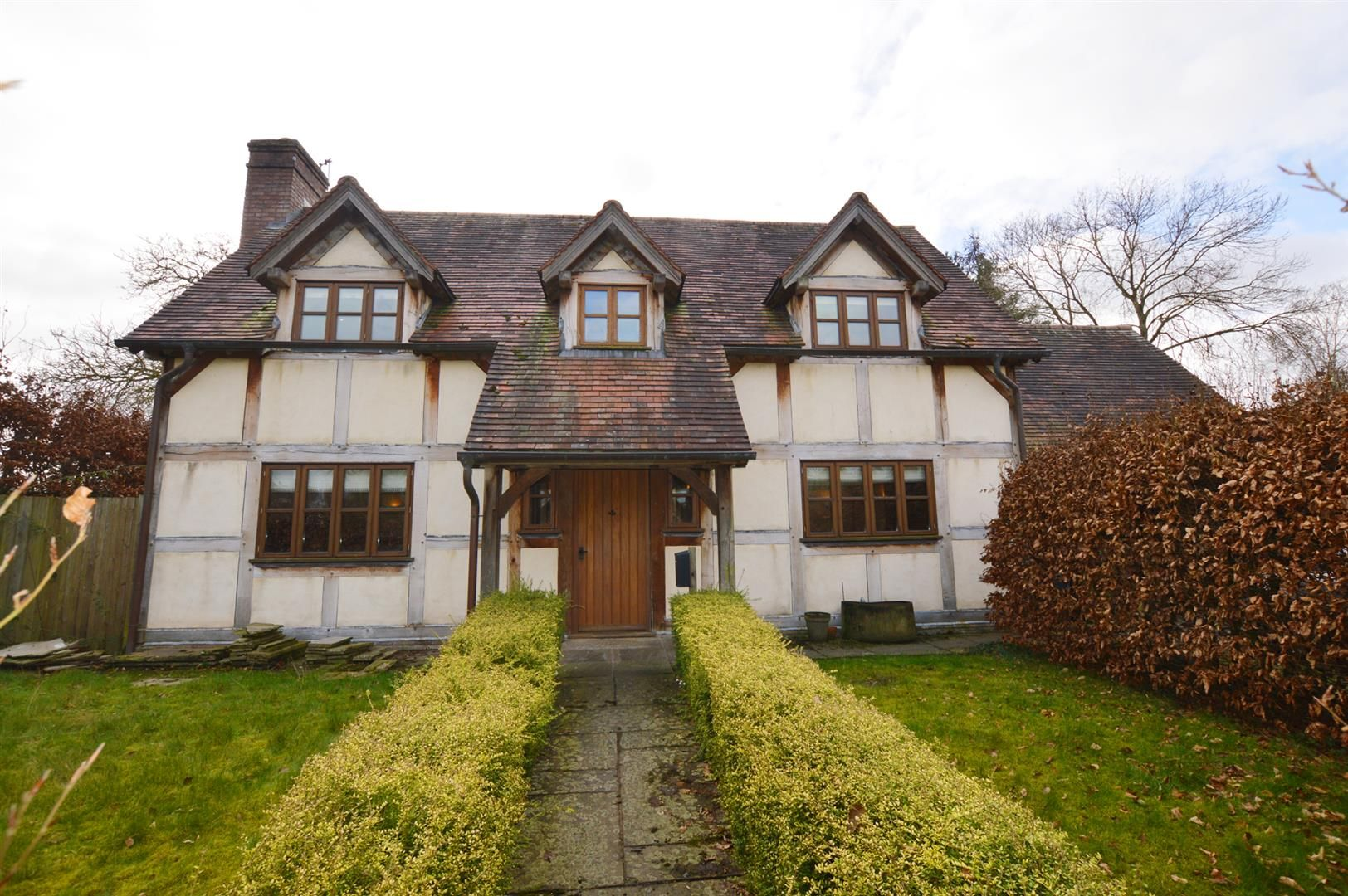 3 bed detached for sale in Pembridge, HR6