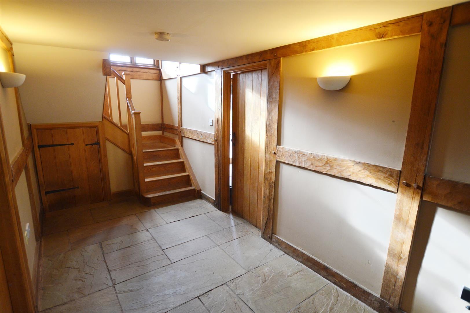 3 bed detached for sale in Pembridge 12