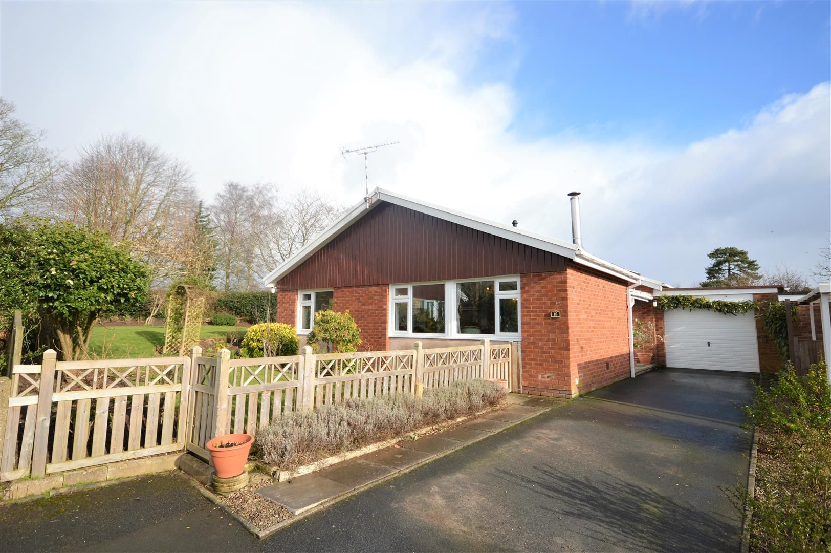 3 bed semi-detached-bungalow for sale in Almeley, HR3
