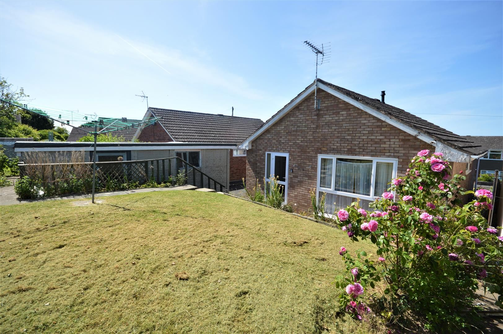 2 bed detached bungalow for sale in Leominster 12