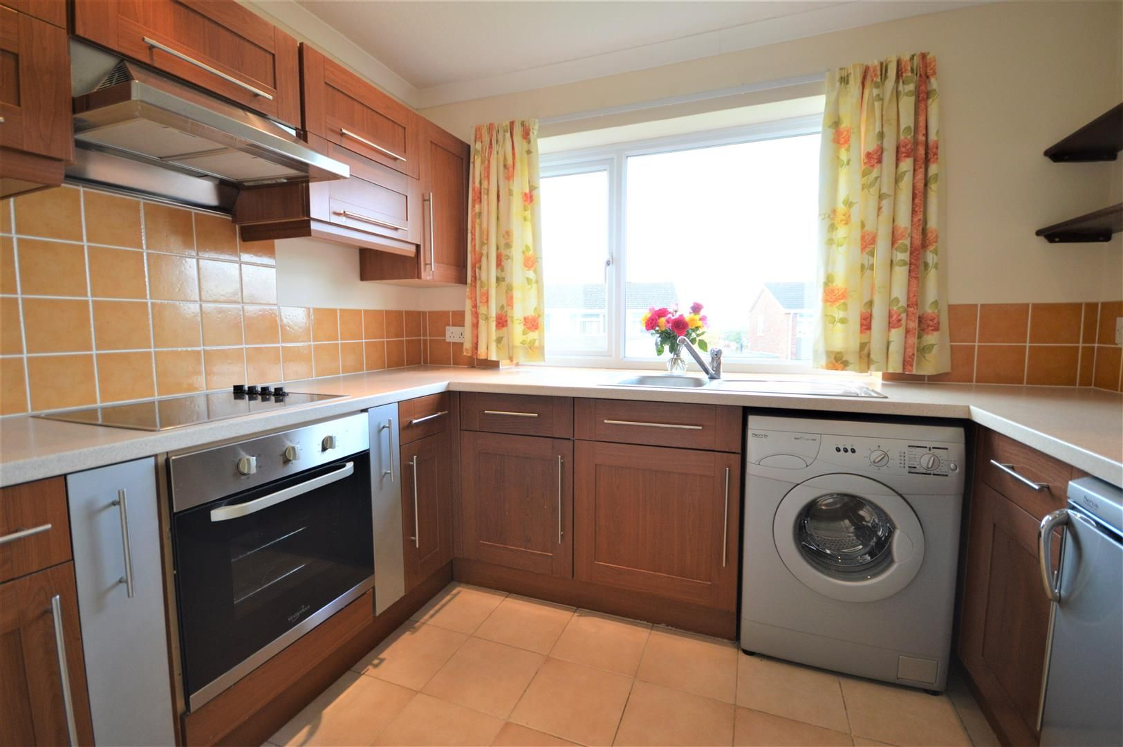 2 bed detached bungalow for sale in Leominster 4