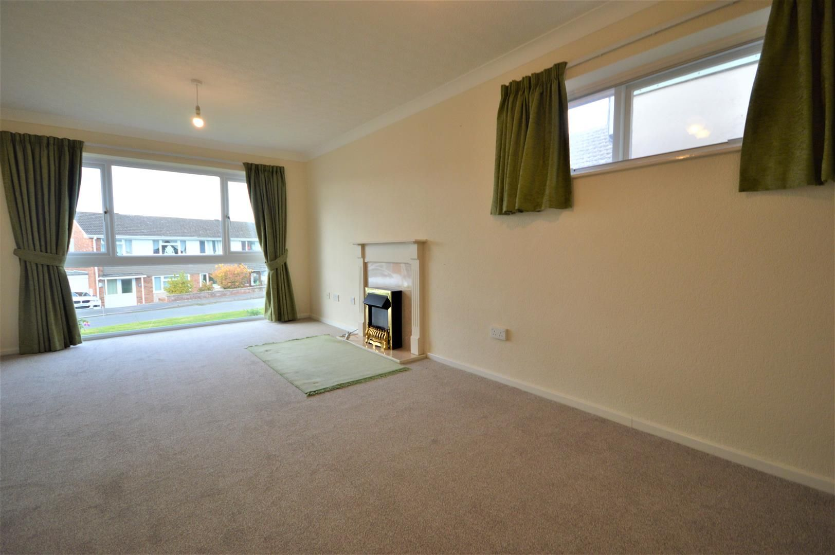 2 bed detached bungalow for sale in Leominster 5