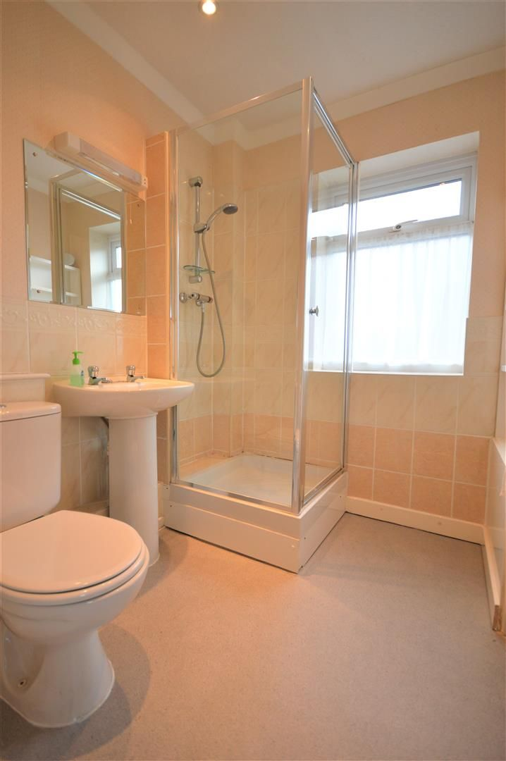 2 bed detached bungalow for sale in Leominster 8