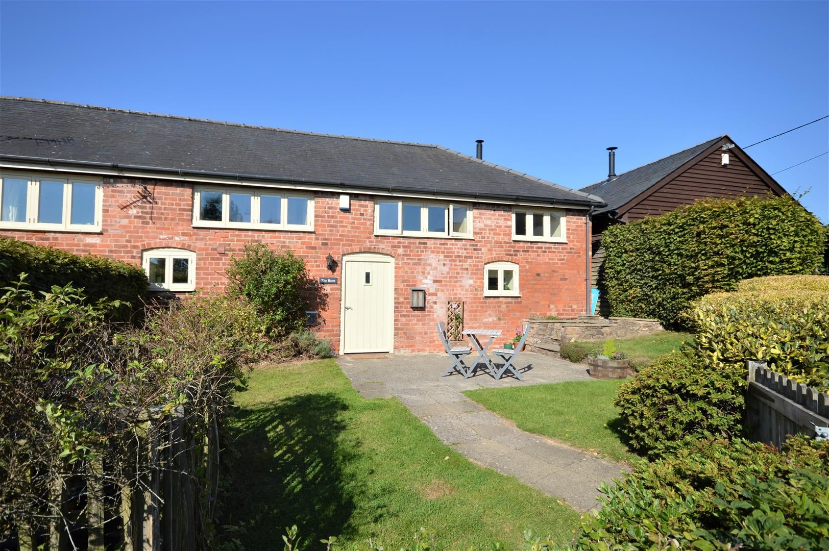 3 bed barn-conversion for sale in Luston, HR6