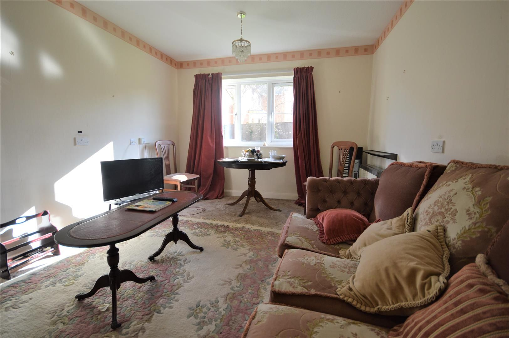 1 bed flat for sale in Leominster 2