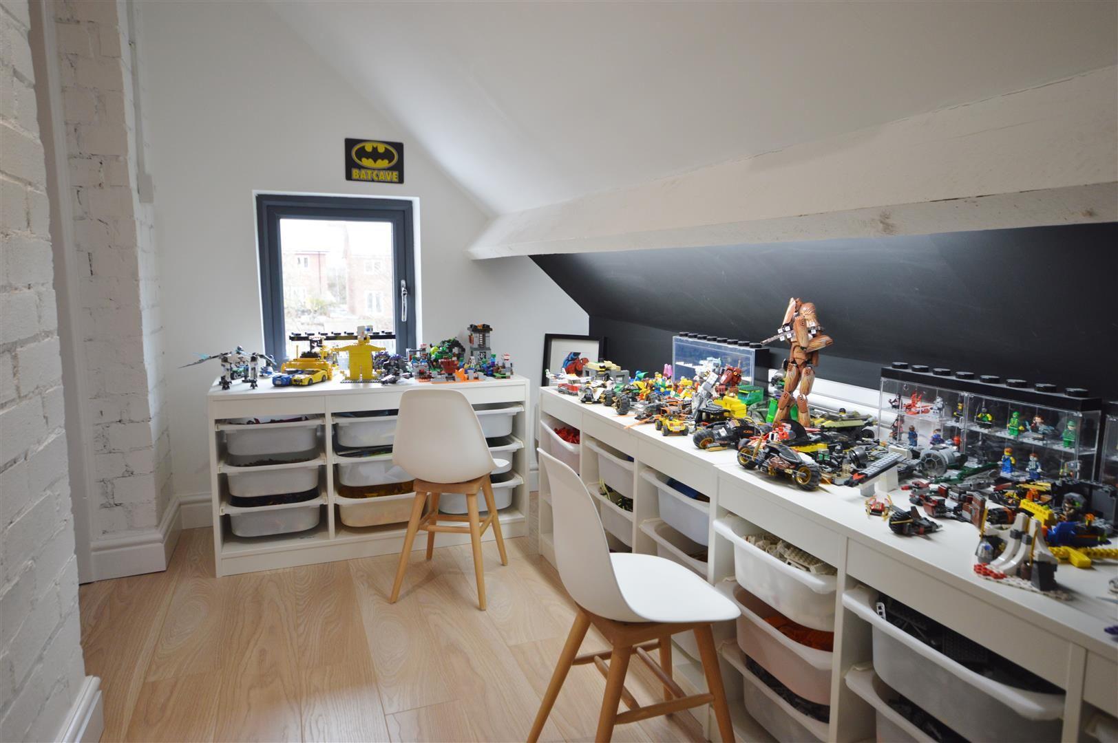 5 bed detached for sale in Leominster  - Property Image 16