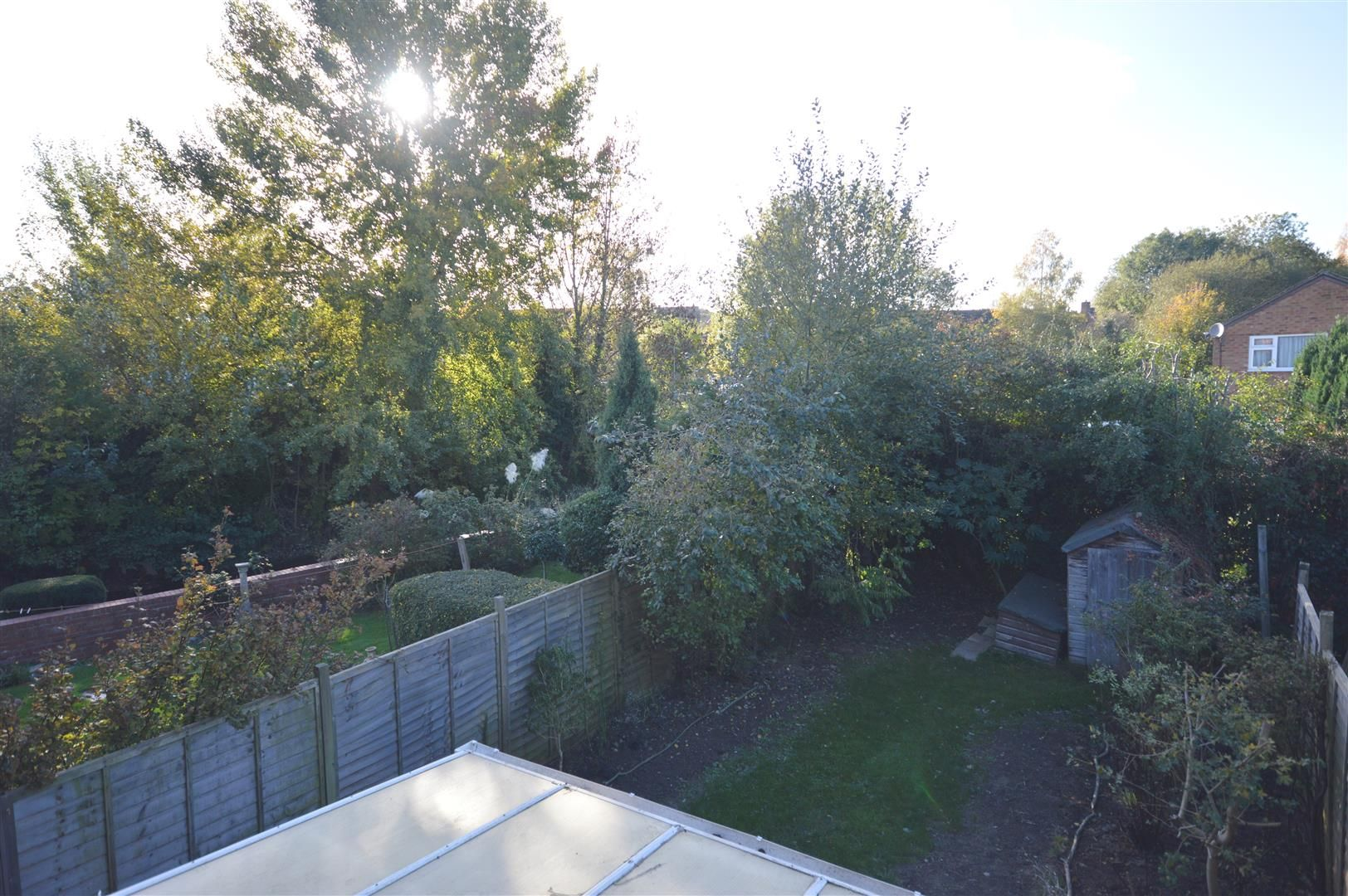3 bed semi-detached to rent in Leominster 13