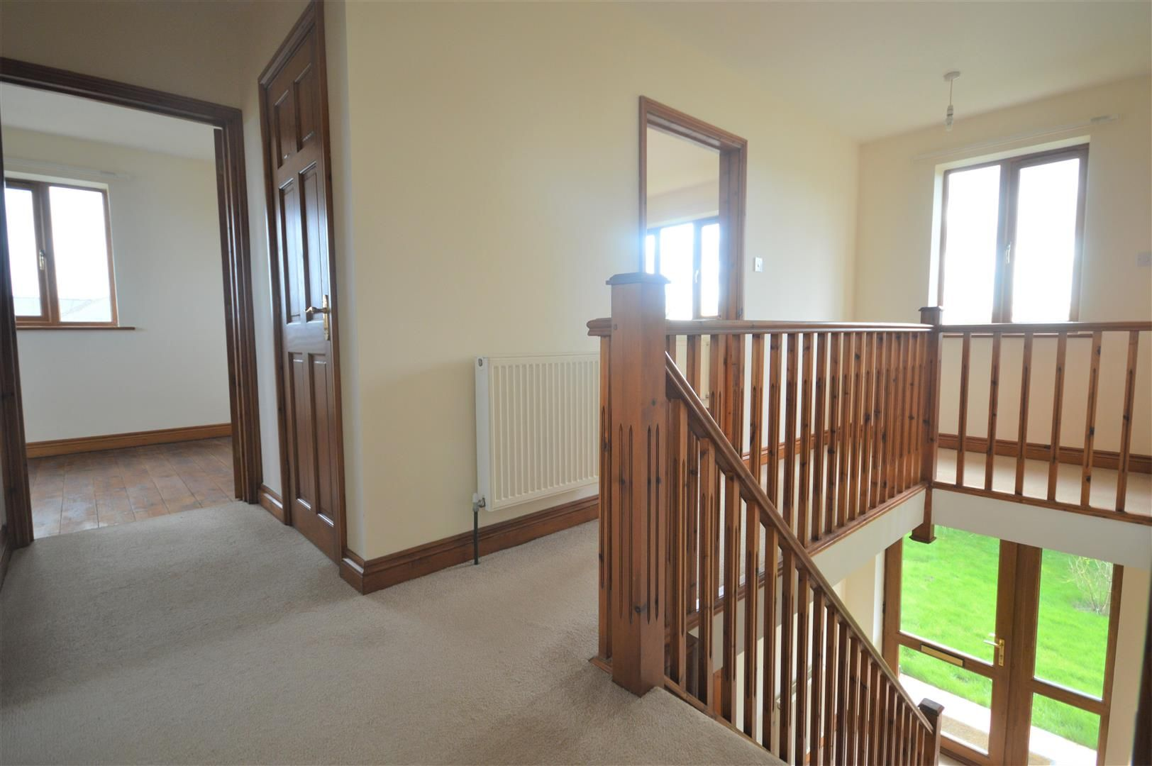 4 bed detached for sale in Leysters 14