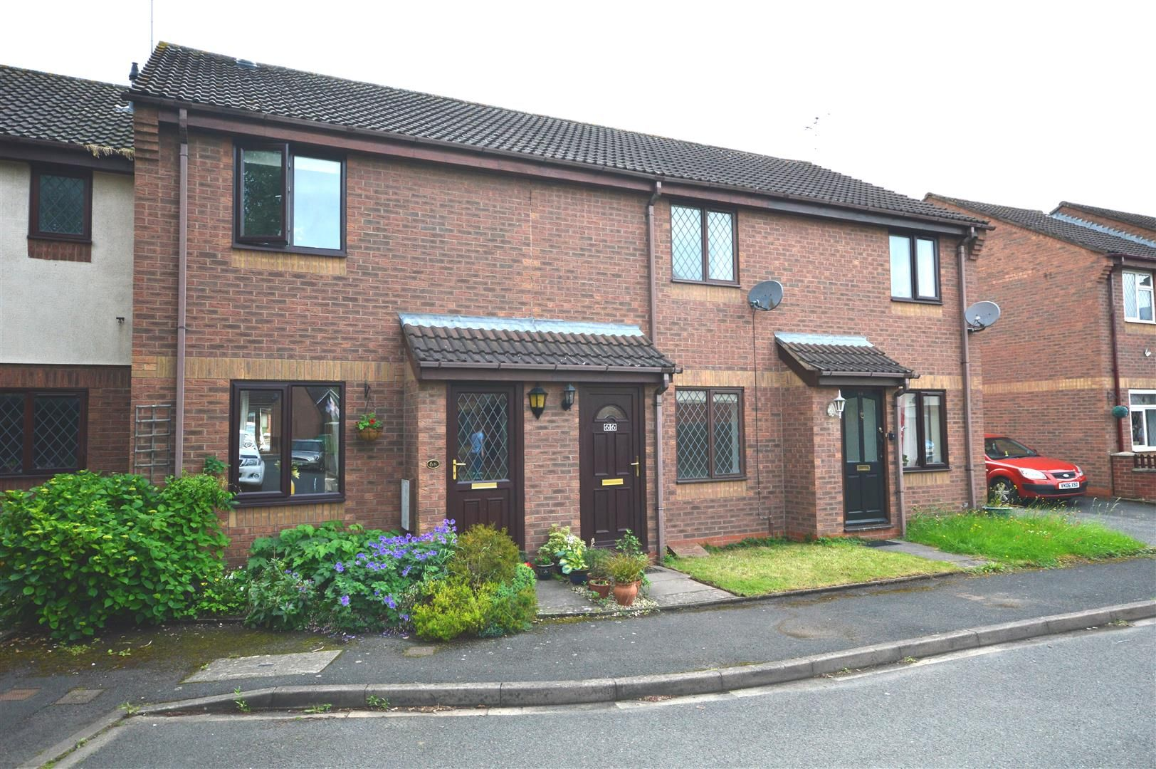 2 bed terraced to rent  - Property Image 7