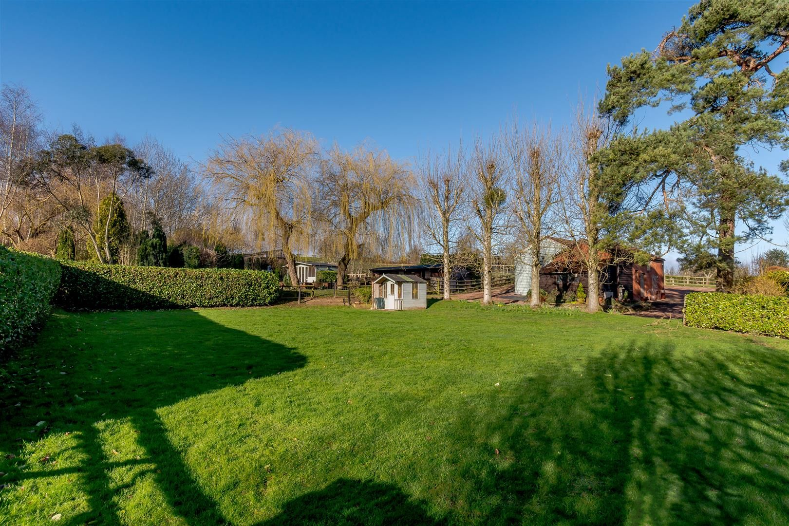 5 bed detached for sale in Burghill 11