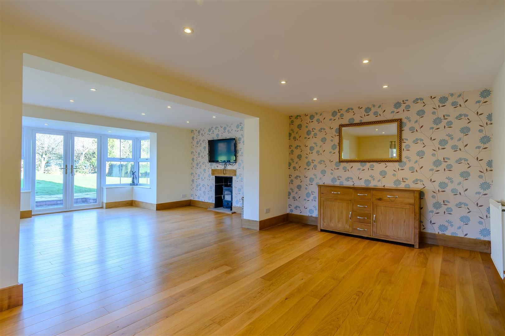 5 bed detached for sale in Burghill 17