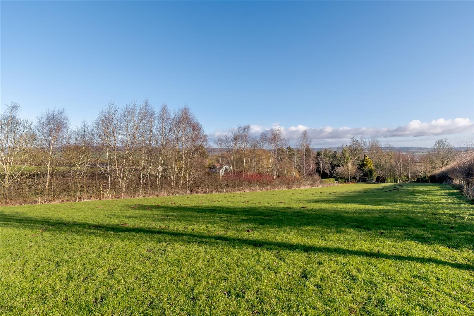5 bed detached for sale in Burghill 26